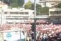 رفع علم لبناني بطول مئات الأمتار بشكل دائري حول المتظاهرين في ساحة النور بطرابلس