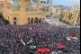 'ثورة الشعب' في يومها الرابع... المعتصمون 'لن يتراجعوا'