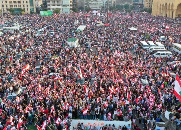 المحتجّون سلّموا مطالبهم الى الرئيس