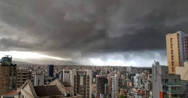 لبنان في عين العاصفة.. هل من إنفراجات؟