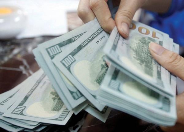 كم بلغ سعر صرف الدولار اليوم؟