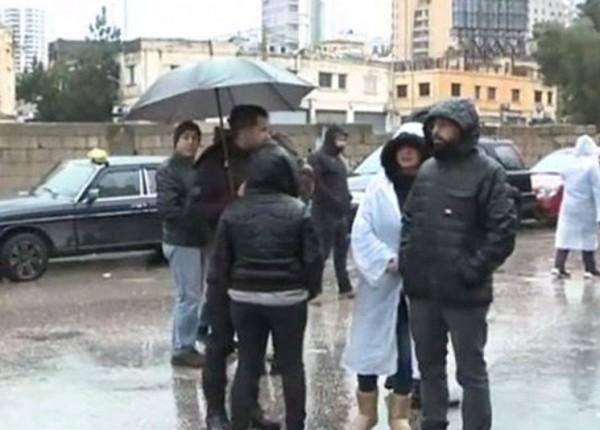 وقفة احتجاجية أمام مدخل مرفأ بيروت...