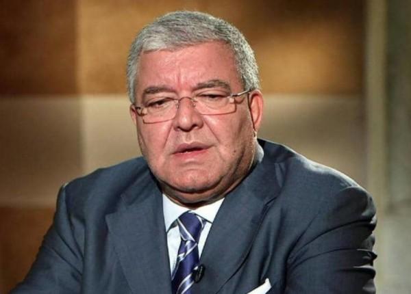 المشنوق يعتذر: ربما وقعتُ ضحية معلومات خاطئة