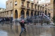 حكومة دياب وتحدّي الثورة: القمع يسبق السياسة