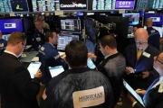الأسواق العالمية تستفيق من كابوس «يوم الانهيار»