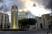 'زنار' المَخاطِر يشتدّ حول لبنان الخارجي... اليكم التفاصيل