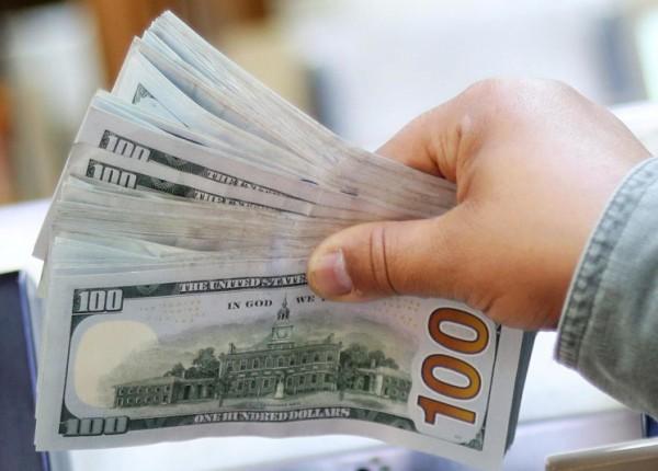 سعر صرف الدولار للتحاويل النقدية الإلكترونية اليوم