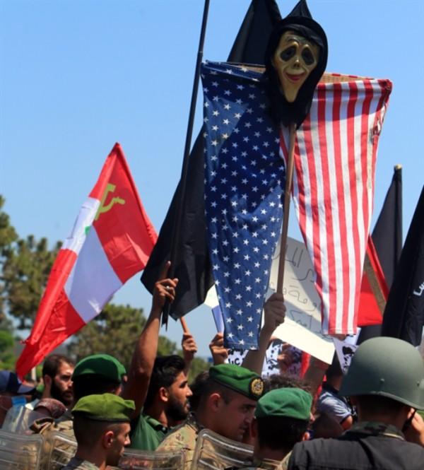 عن شيطنة المقاومة في لبنان
