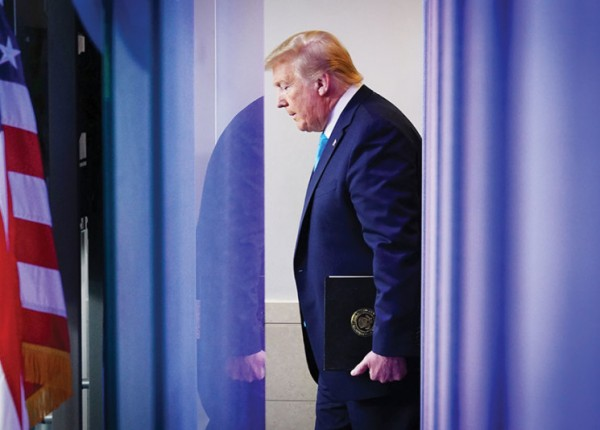 تراجع ترامب يزيد مخاطر الحرب