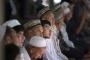 لقطات نادرة من سجن الإيغور.. معتقل يسرّب فيديو يرصد فيه انتهاكات صينية بشعة بحق المحتجزين المسلمين