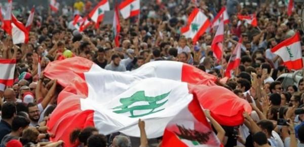«درابزين 17 تشرين» يُقارع السلطة باللحم الحيّ!