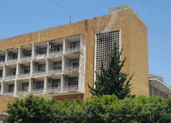 اعتصام أمام سرايا طرابلس للمطالبة بإطلاق ناشطين...