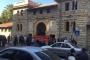 من امام الجامعة الامريكية في بيروت بدء تجمع الطلاب