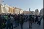 مشاة ومواكب سيارة في ساحة الشهداء إحياء لذكرى '17 تشرين'