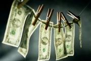 خفايا عداء 'الحزب' لرياض سلامة .. إبحثوا عن تبييض الأموال!