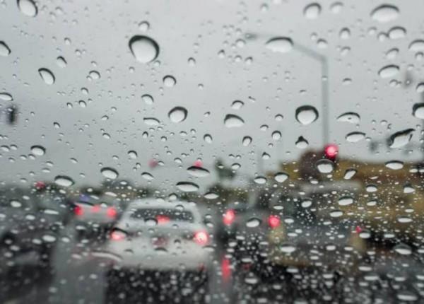 طقس 2021 يخبئ مفاجآت... الأمطار سترافقنا حتى حزيران!