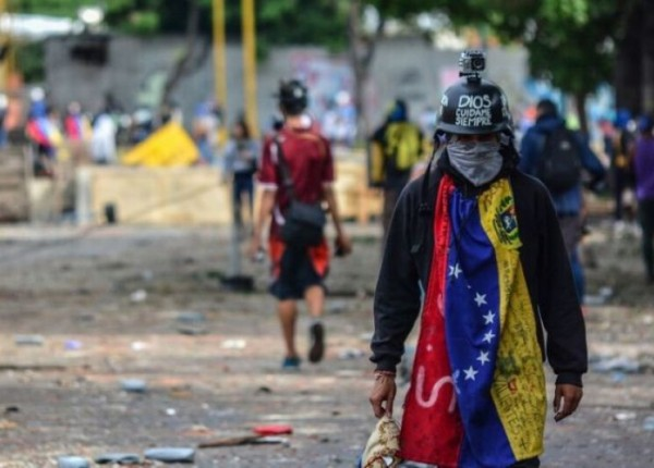 النموذج الفنزويلي بات على الباب..