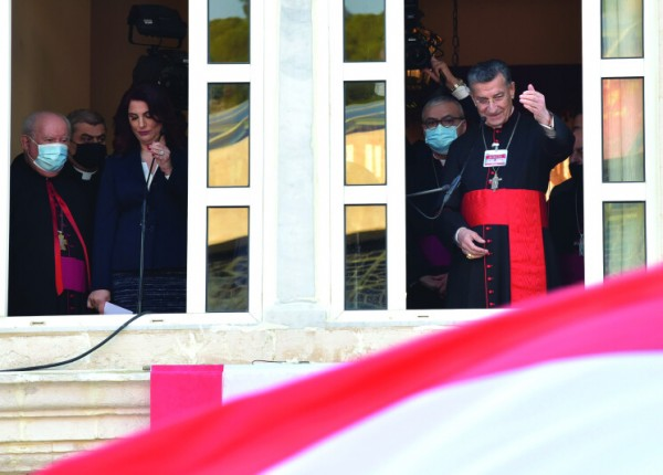 إحتجاجات تصاعدية وعقوبات اوروبية