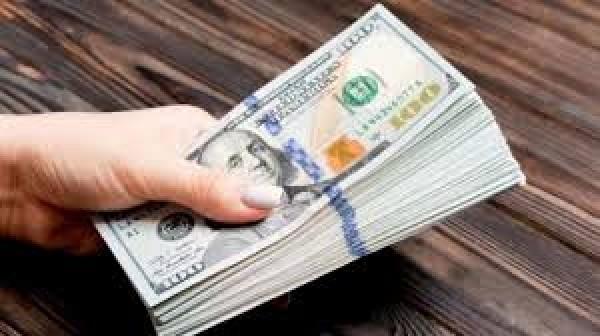 عملية رفع الدولار في السوق السوداء مخطّط لها… 4 أسباب وراءها