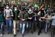 إيران على أبواب الثورة