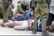 صحيفة عبرية: كلكم ستسيرون على العكازات